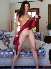 Zelda B flaunts amazing physique and sweet pussy on the sofa.