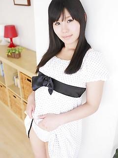 teen model Atsuko Kitamura